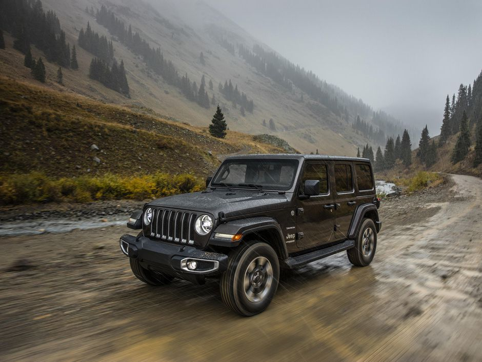 Jeep Wayout Concept Is Cushy Home Away From Home Jeep Wrangler Unlimited New Jeep Wrangler Jeep Wrangler Unlimited Sahara