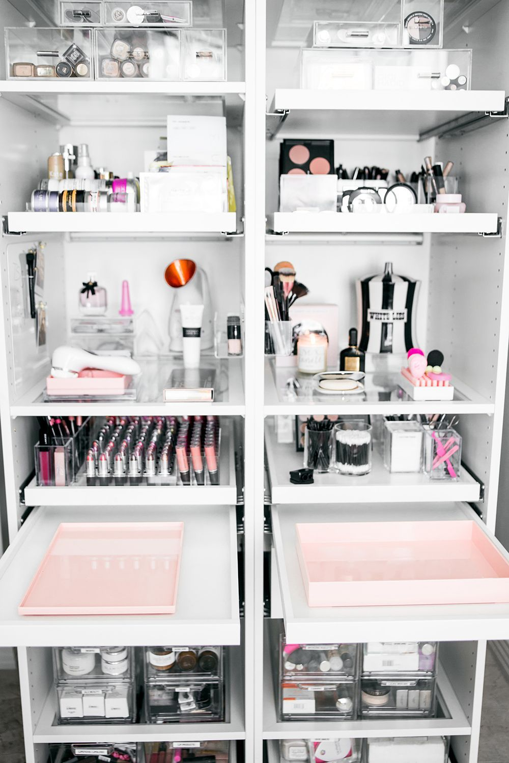 11 Fun DIY Makeup Organizer Ideas For Proper Storage #Bedroom