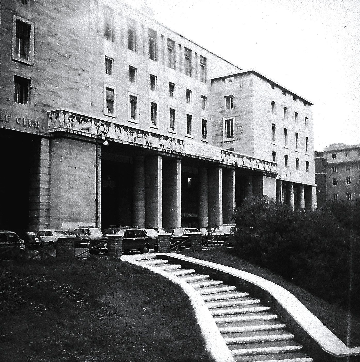Roma l 39 architettura fascista di piazza augusto imperatore for Architettura fascista