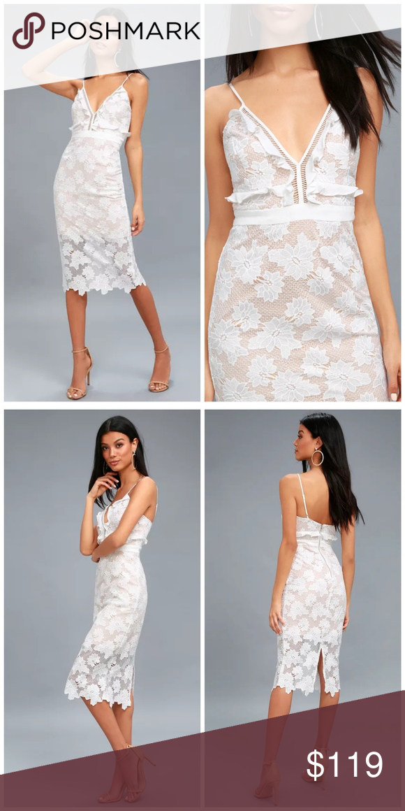 aeb192e96c58b3 NWT, Bardot, VIENNA LACE MIDI DRESS Nothing says romance quite like the Bardot  Vienna