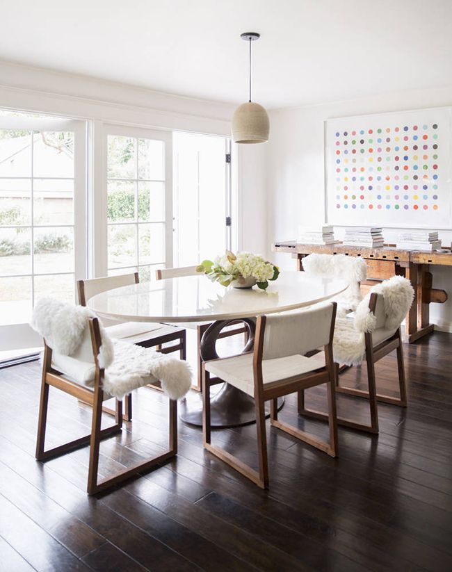 Nice texture. Love the oval table top and colorful spotted print!