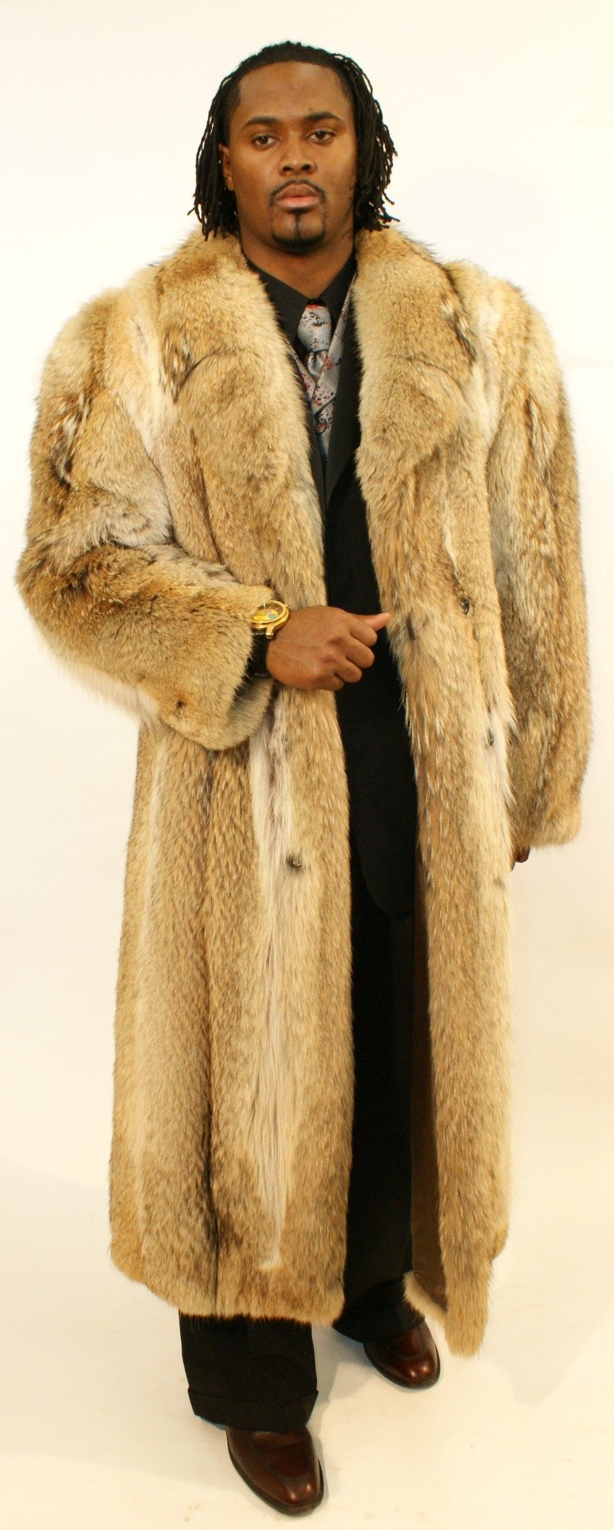 Mans Full Length Coyote Coat. SKU 014116 Outdoor outfit
