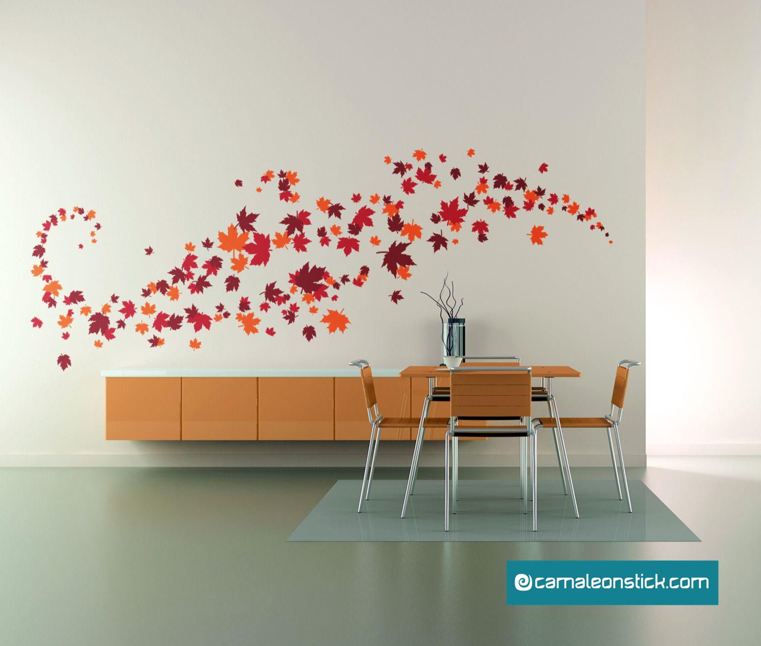 É arrivato l'autunno! Scalda l'ambiente di casa con i colori dell'adesivo per pareti foglie d'acero