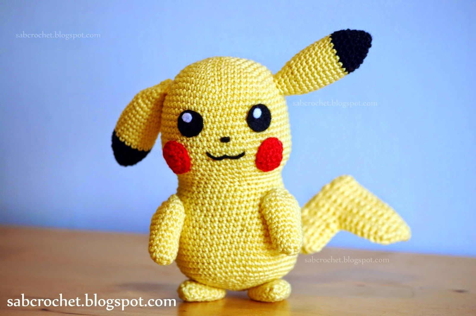 Free crochet pattern Pikachu (Pokemon) | Patrón gratis, Lentillas y ...
