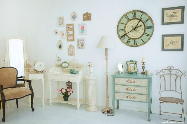 shabby chic dekorationen wand vintage uhren bilderrahmen life style pinterest shabby chic. Black Bedroom Furniture Sets. Home Design Ideas