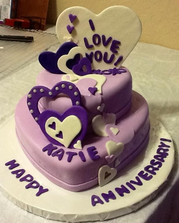 Find anniversary cakes like double heart cakes, heart shape chocolate cake, black forest cake & so on. Anniversary Cake For A Cute Young Couple Project On Craftsy Com Anniversary Cake Anniversary Cake Designs Cake