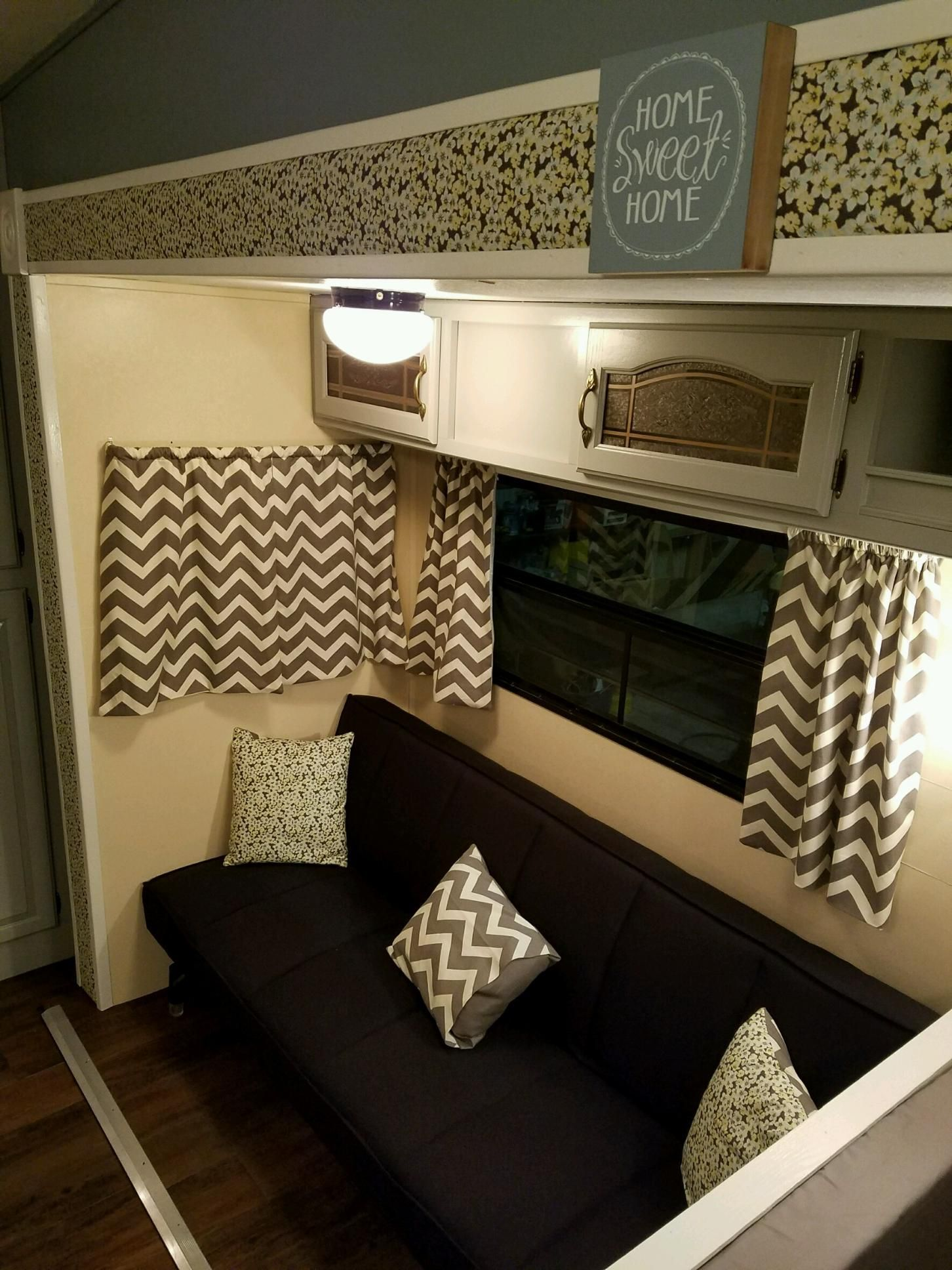 2 Slideout Tiny House Newly Remodeled RV for Sale in