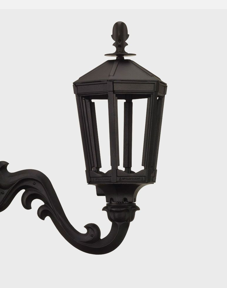 The Vienna Model 1000 Reflecting The Subtle Elegance Of Vienna This Lamp Embodies The Classic Lines Of Our Gothic La American Gas Gas Lamp Gas And Electric