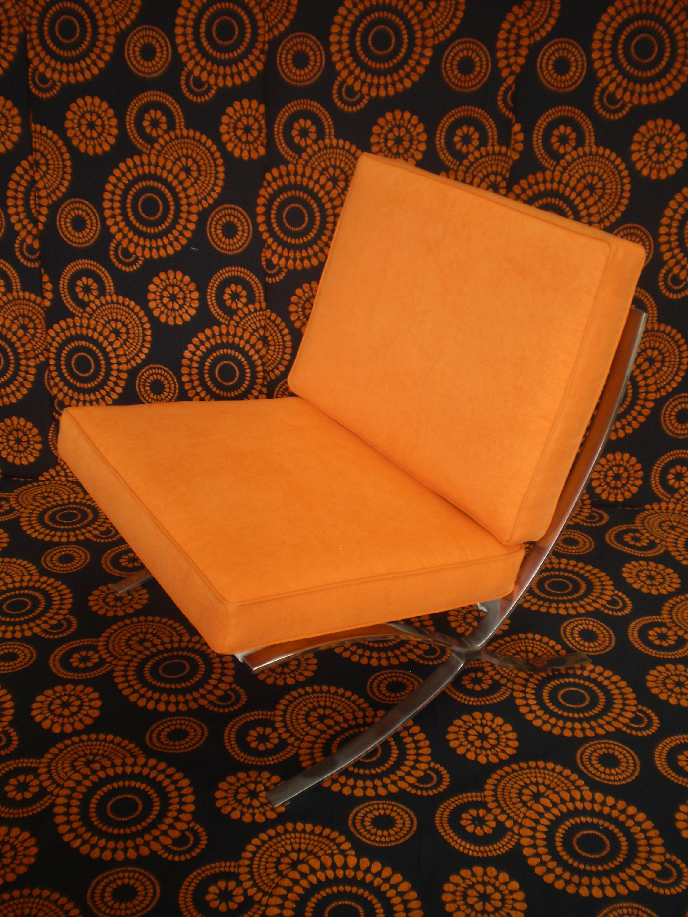 Barcelona Chair Reupholstered By Jaro Upholstery Melbourne Reupholster Mod Furniture Chair