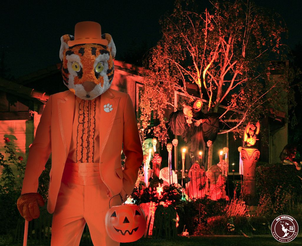 College football mascots go trickortreating halloween