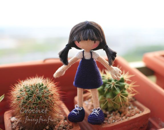 FairyFinFin: Crochet Girl doll