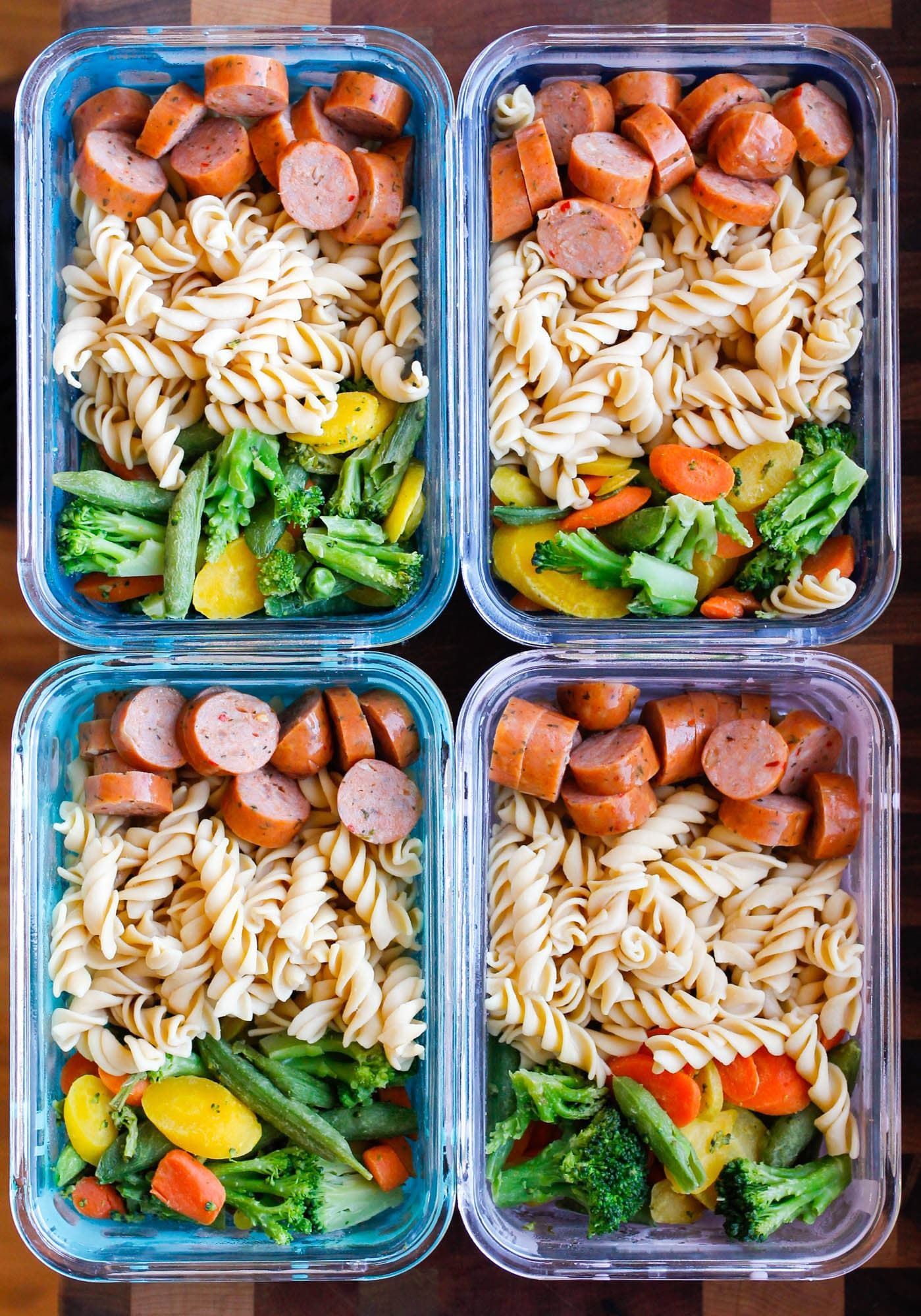 15-Minute Chicken Sausage Pasta Meal Prep Bowls #healthylunches
