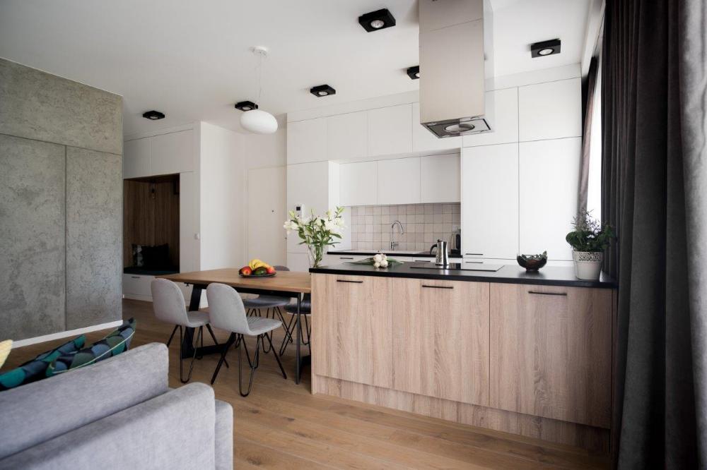 Minimalistyczne Oswietlenie Do Otwartej Kuchni Polaczonej Z Salonem Ih Internity Home Home Decor Home Decor