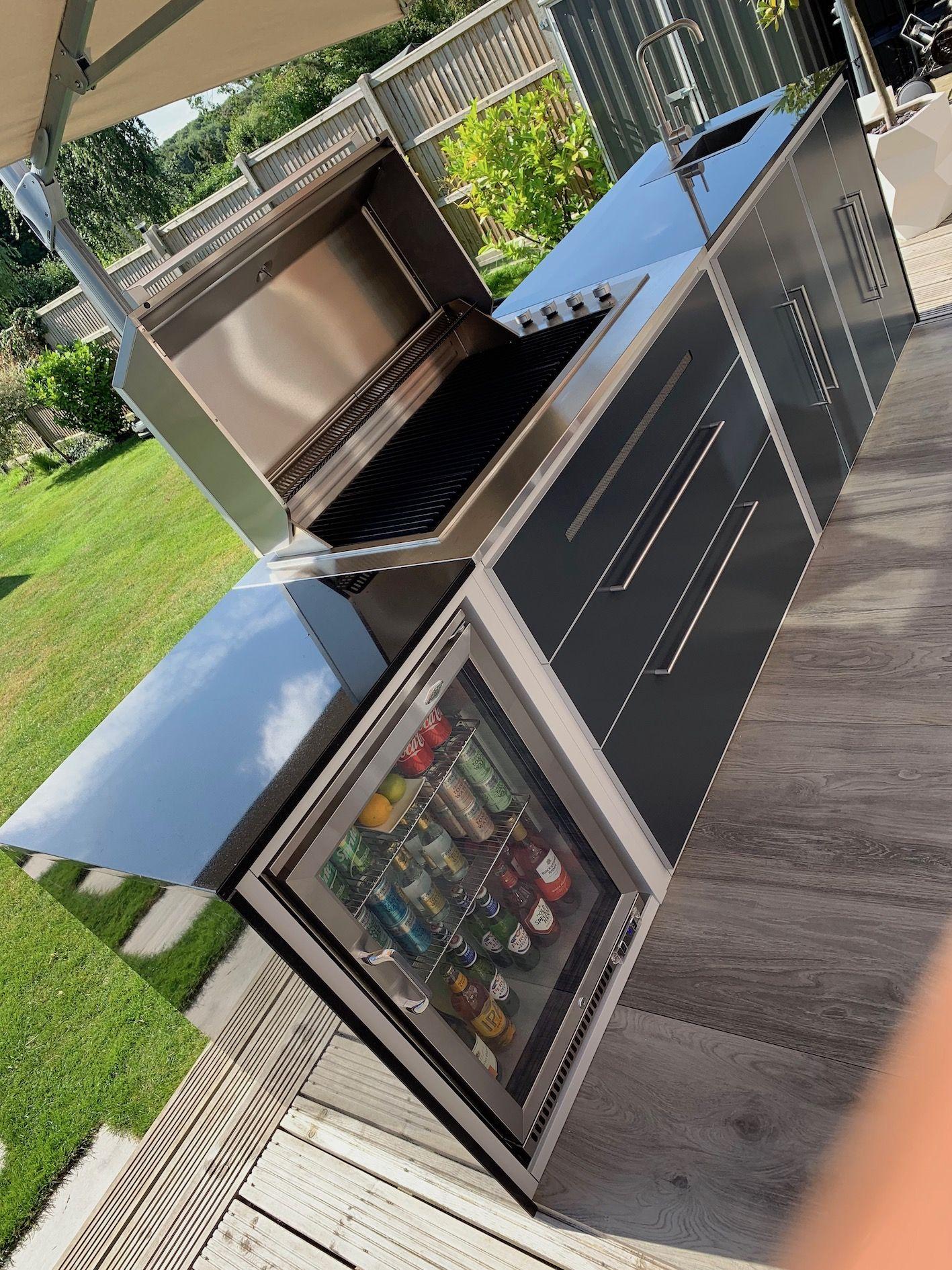 Alfresco Outdoor Kitchen Outdoor kitchen, Modular
