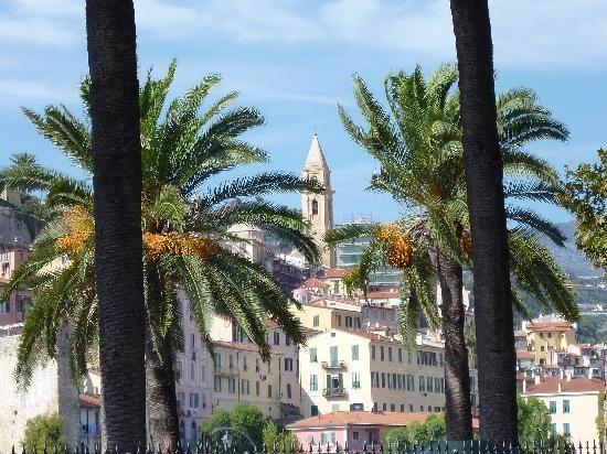 Ventimiglia Old Town Reviews - Ventimiglia, Italian Riviera Attractions -