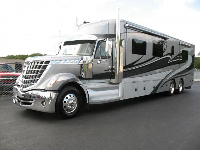 Renegade Xl Renegade Rv With Images Luxury Rv
