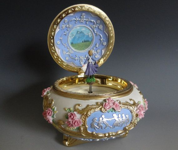 Heavy High Quality Vintage musical Jewelry Boxtrinket boxbox