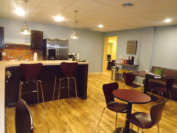 Pin By Theofficeplace Com On Awesome Office Breakrooms Break Room Office Inspiration Dining Area