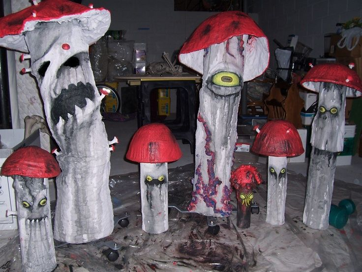 afd5d86a1a5e3ea2cfd46ac471a78c4cjpg (736×552) Halloween crafts - scary halloween props