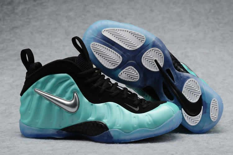 d666d50453015 Penny Hardaway Nike Foamposite One Pro Light Blue