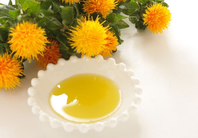 benefits-of-safflower-oil_pevonia