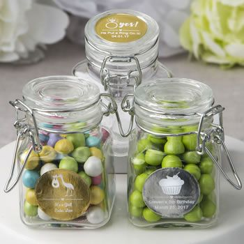 Showcase your unique treats by presenting them in a classic apothecary jar. Your guests will be charmed!