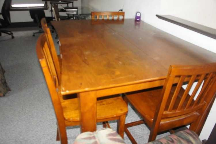 solid wood dining table i have 6 chairs and the leaf the table is rh pinterest co uk