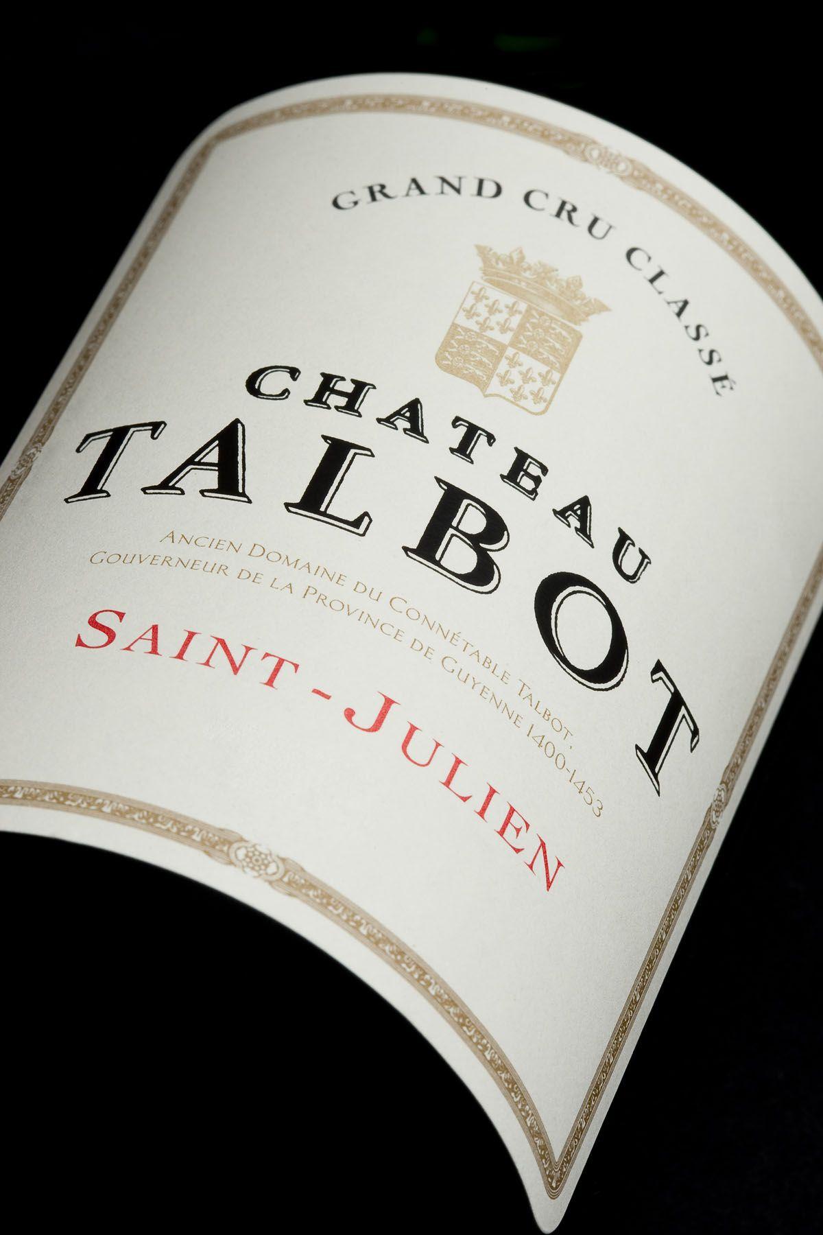 Le Nom De Cet Imposant Domaine Est Attache A Celui Du Connetable De Talbot Homme De Guerre Anglais Gouverneur De Guyenne Vaincu A In 2020 Wines French Wine Wine
