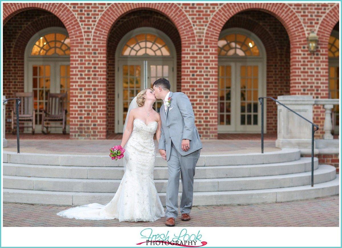 Summer Founders Inn & Spa Wedding in Virginia Beach