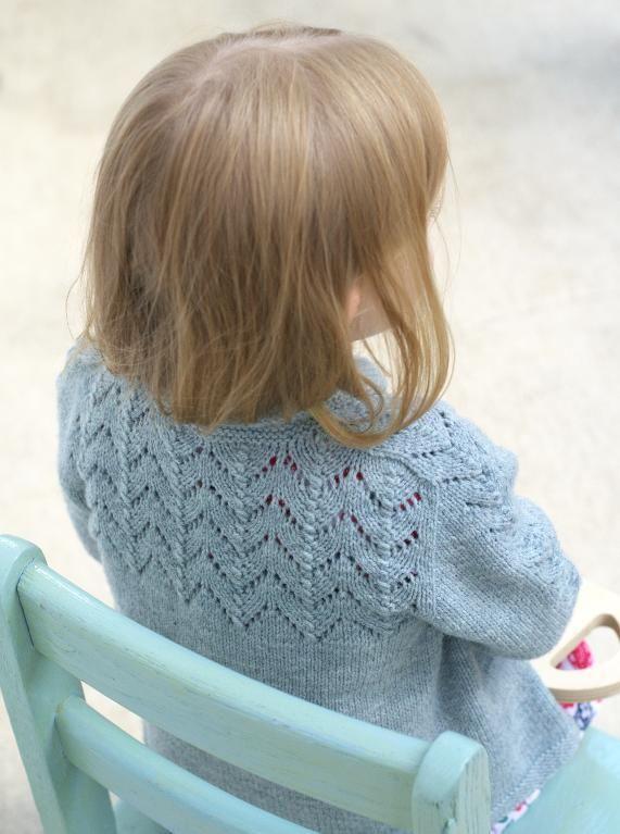 Macoun Apple by KnitterHeidi | Knitting Pattern - Looking ...