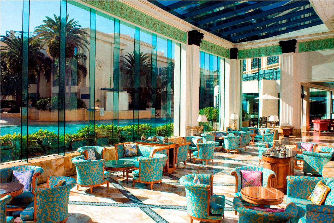 The Palazzo Versace Is Located On Australia S Gold Coast With