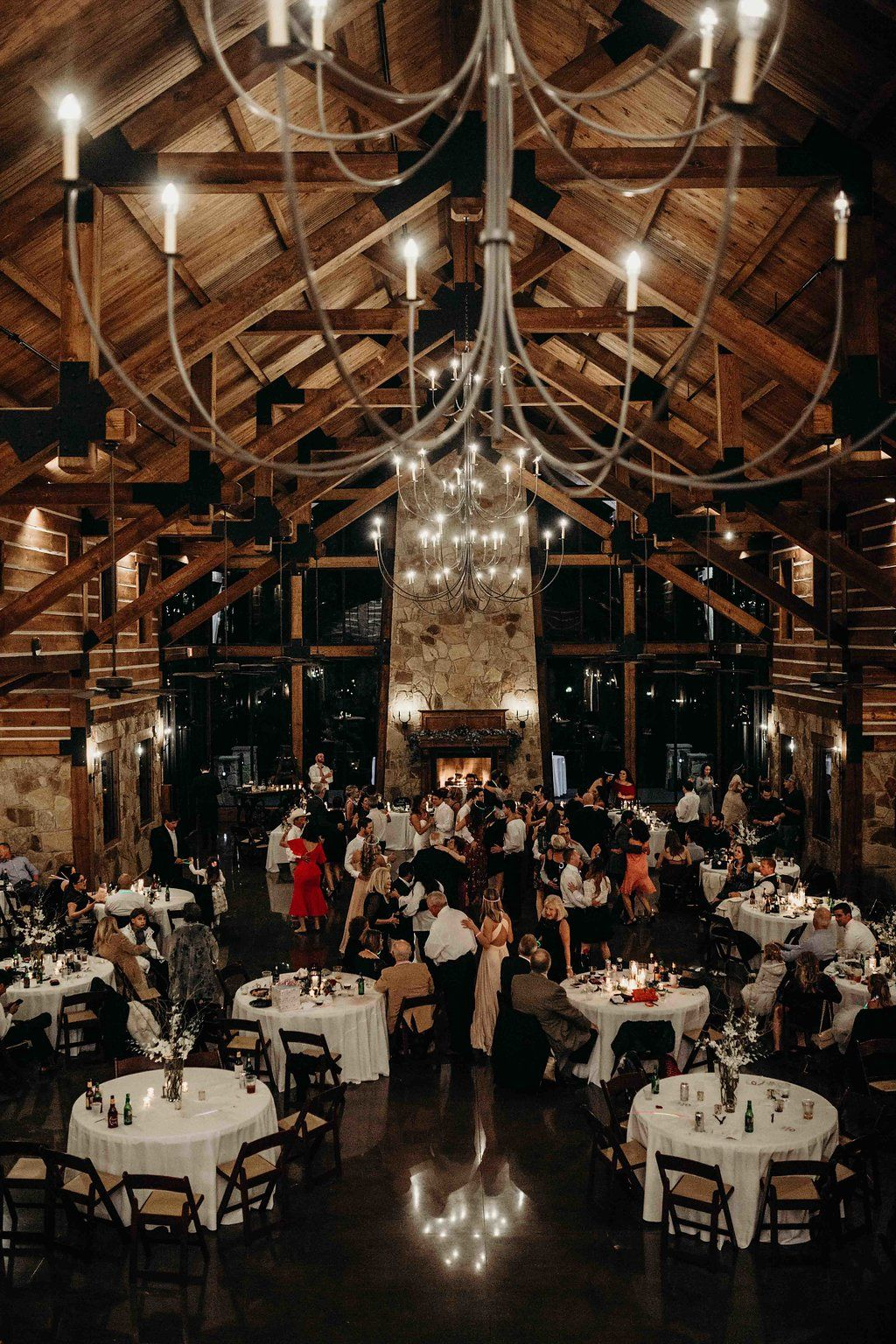 Lodge Wedding Venue In Denton Texas In 2020 Dallas Wedding