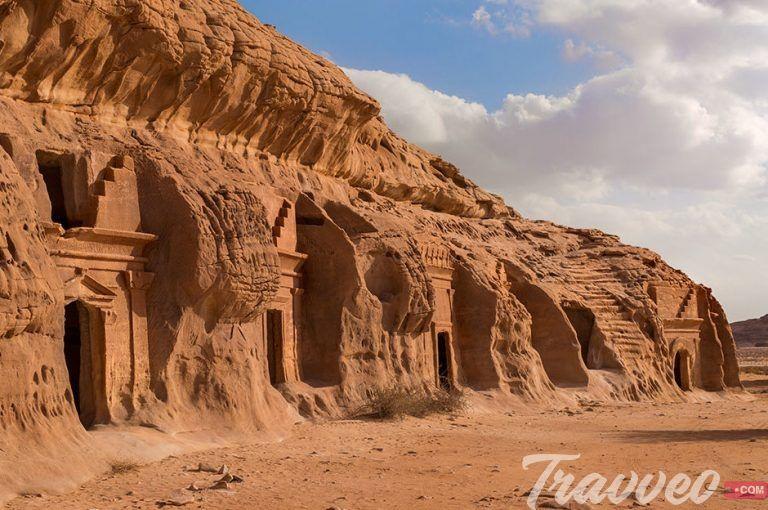 دليل السياحة في العلا ترافيو كوم لجميع الخدمات السياحية بمختلف انحاء العالم Tourism Saudi Arabia Tourism Tourist Attraction