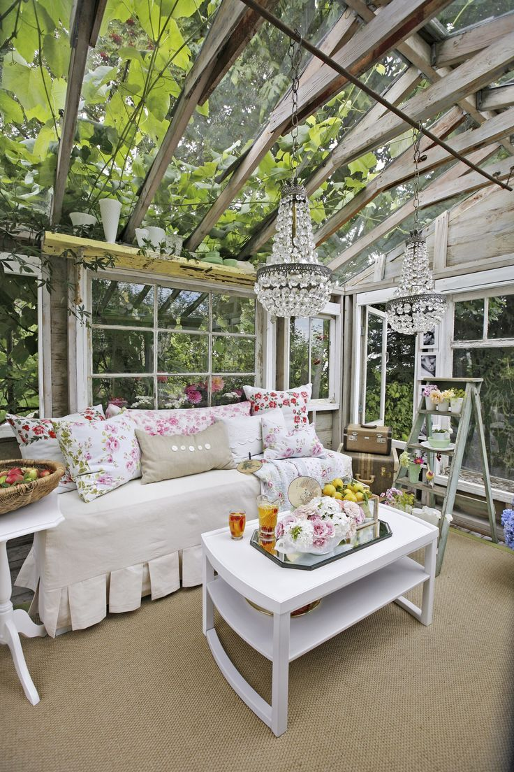 Heather S Husband Kevin Transformed The Retreat From An Old Shed On Their Property Kevin Rebuilt The Shed Around Shabby Chic Greenhouse Home Sunroom Designs