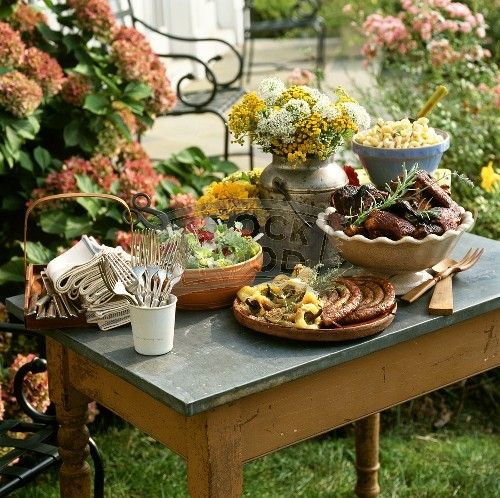 Food tablescapes tablescapes food display food for Food bar consult