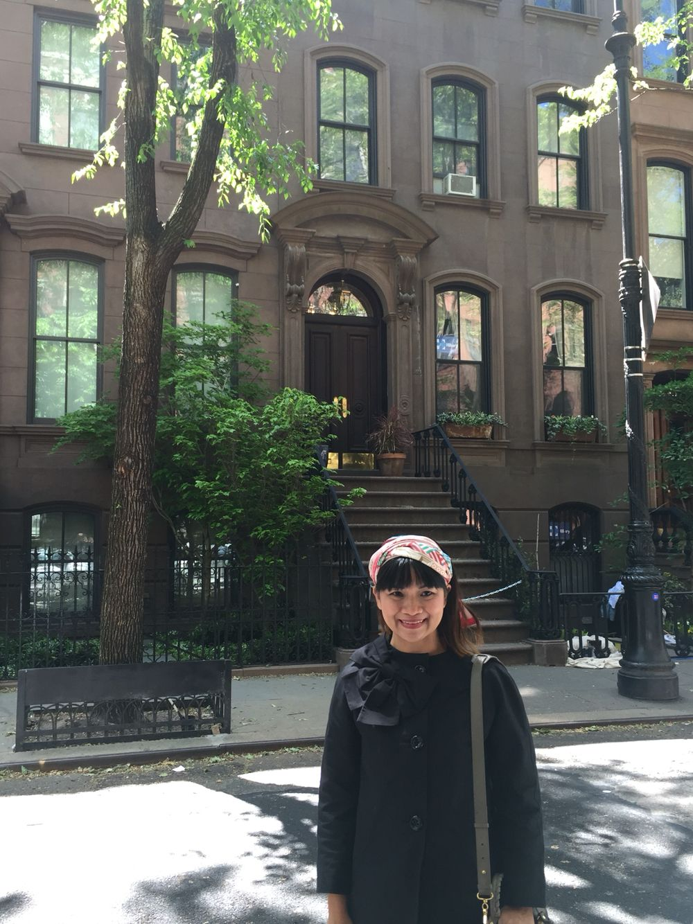 Carrie Bradshaw's house stoop #NYC #SATC #movielocation