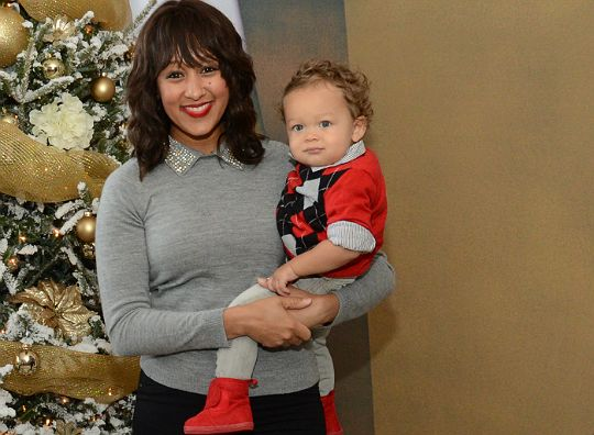 tamera nowry son | TAMERA MOWRY AND OTHER CELEB PARENTS VISIT SANTA'S SECRET WORKSHOP ...