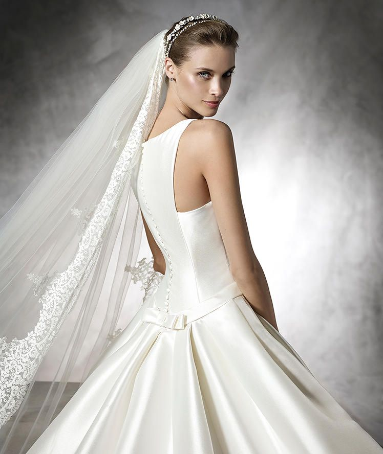 BARCAZA, Wedding Dress 2016