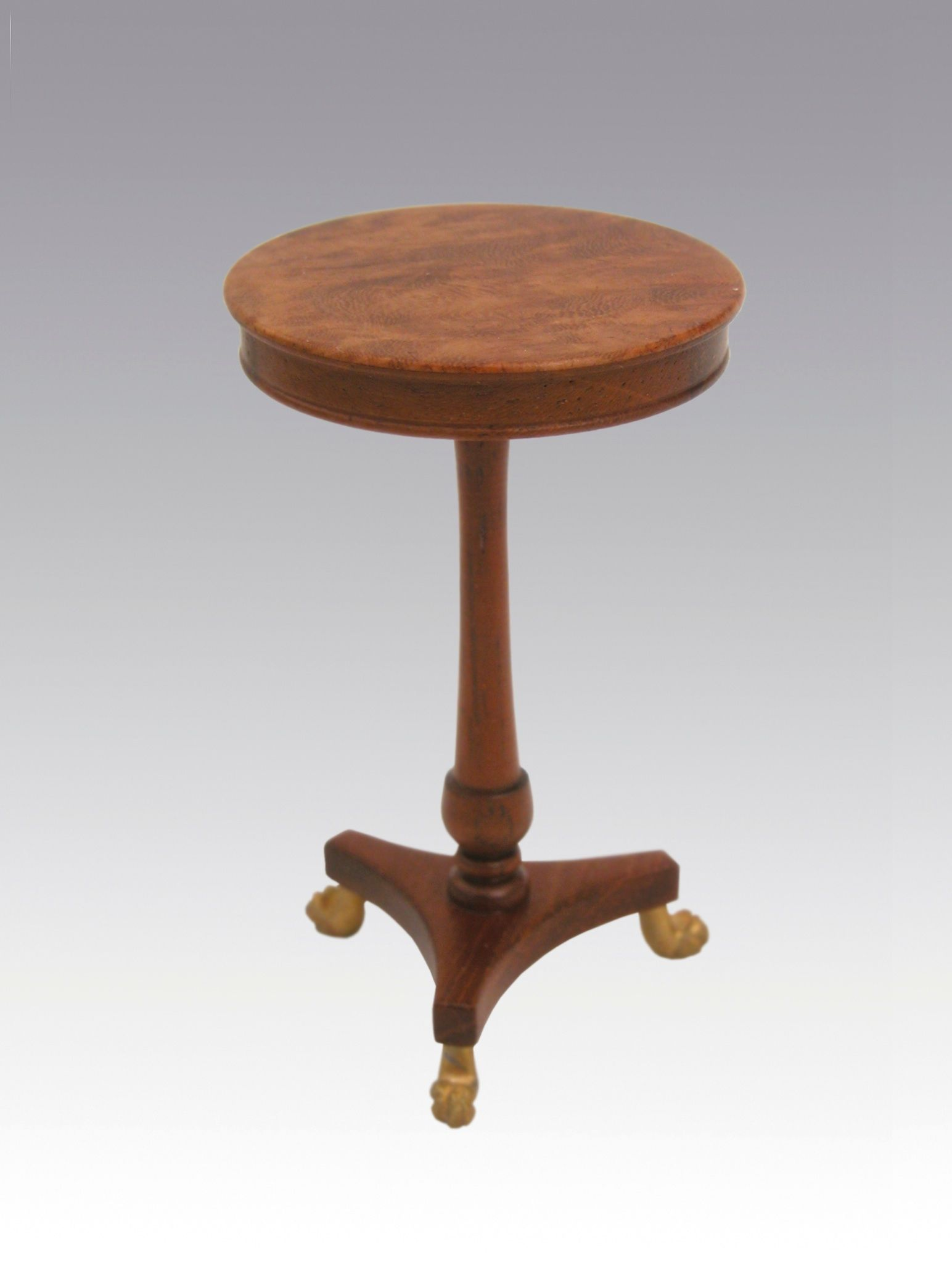 George III Clawfoot Mahogany Table by Geoff Wonnacott. http://www.geoffreywonnacott.co.uk