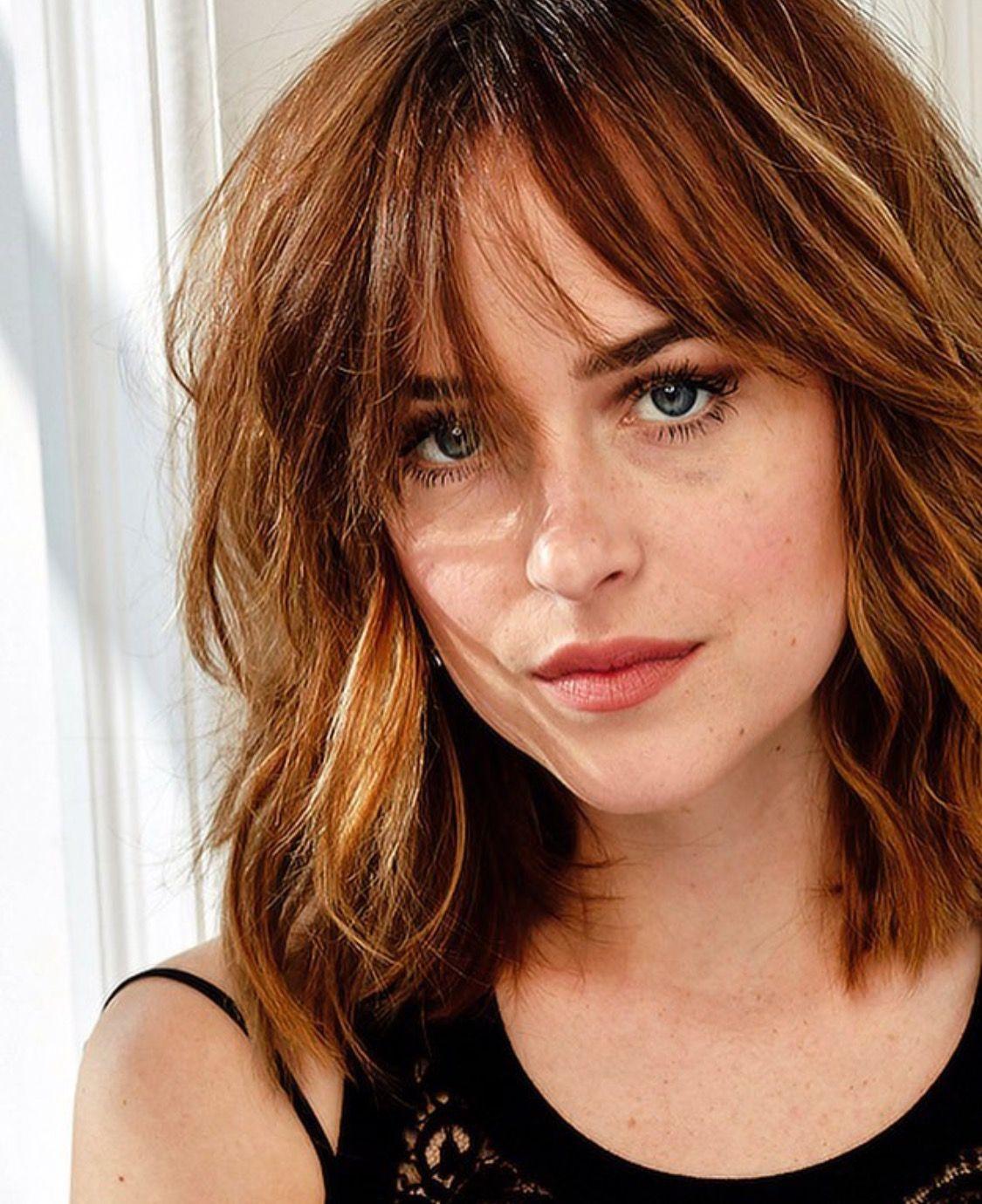 Dakota Johnson Freckles Frisur Haar Ideen Jungs Frisuren Und