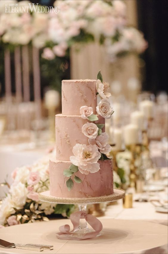 A Classic Blush and Gold Wedding