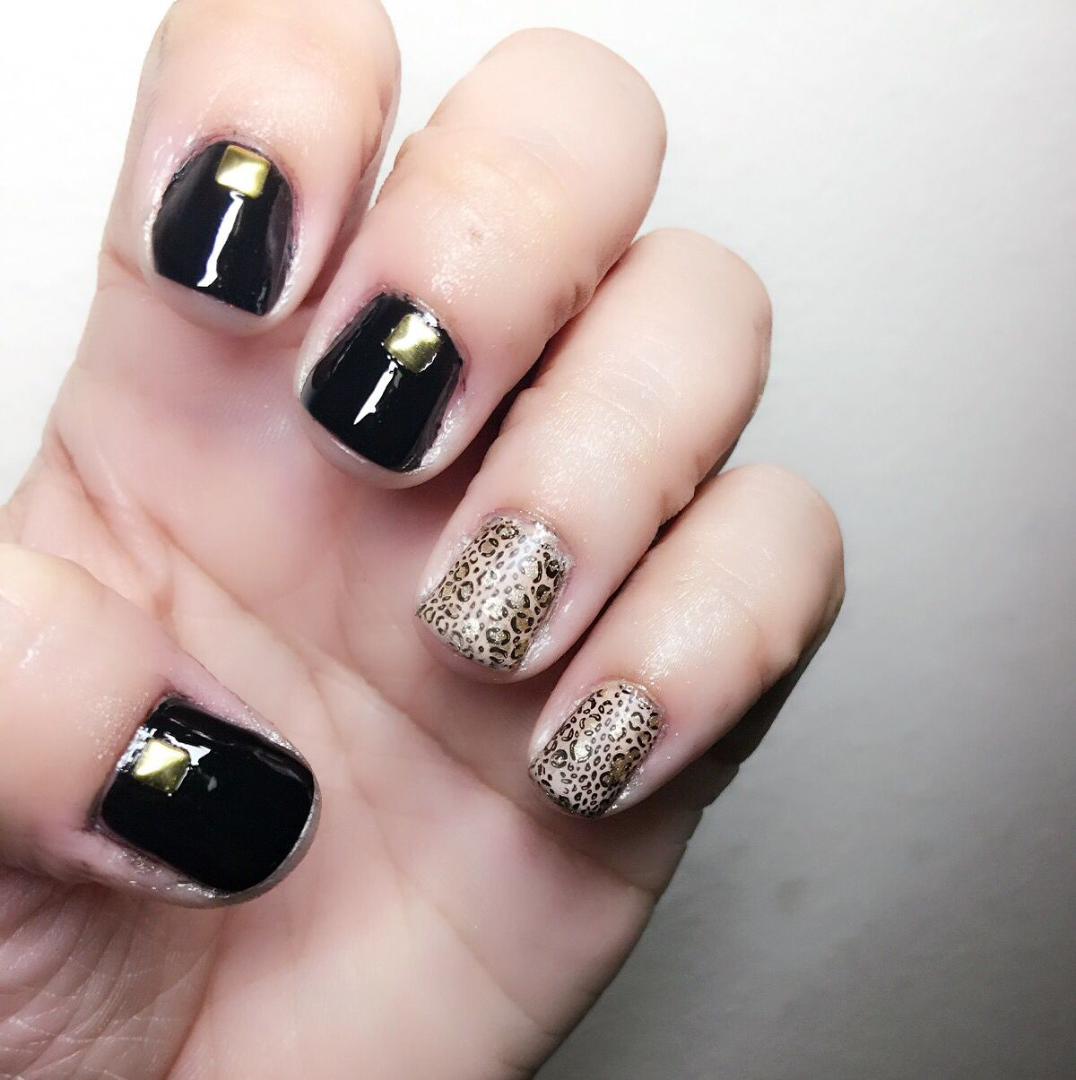 Leopard and black nails | Beauty And Nails | Pinterest | Black nails