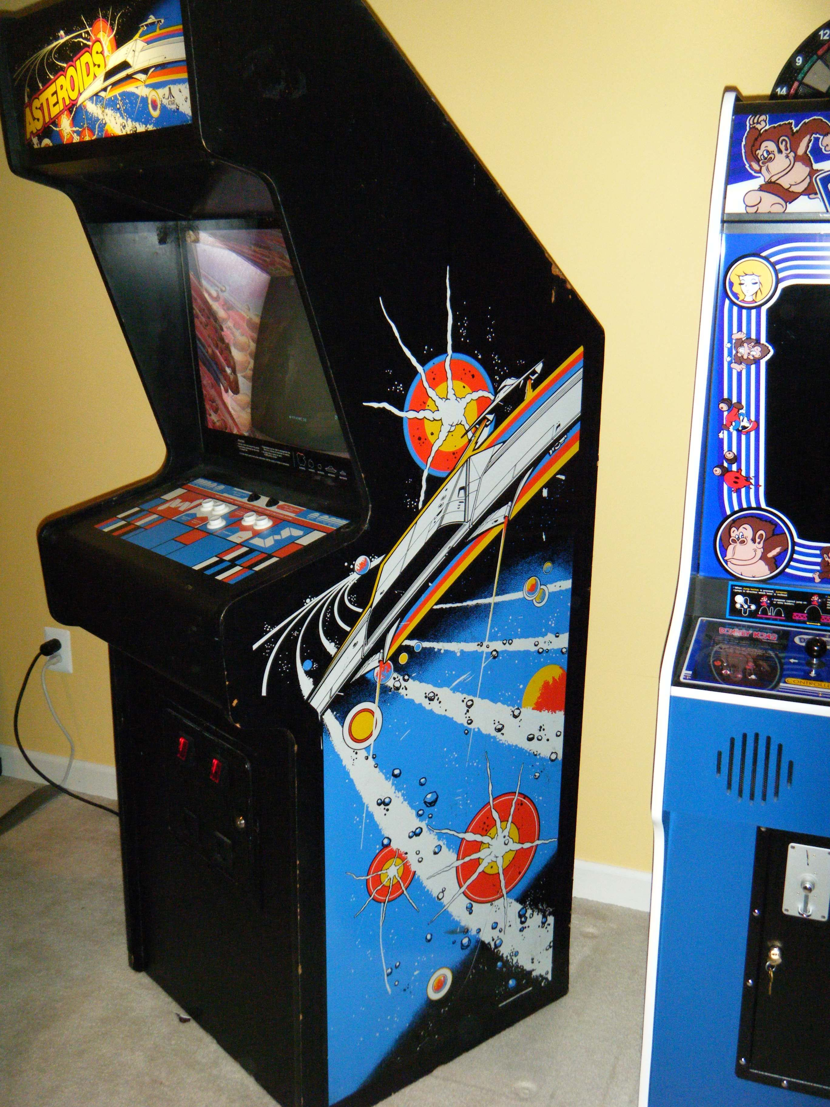 1942 Arcade Cabinet Asteroids Side Cabinet 70s 80s Arcade Pinterest Cabinets