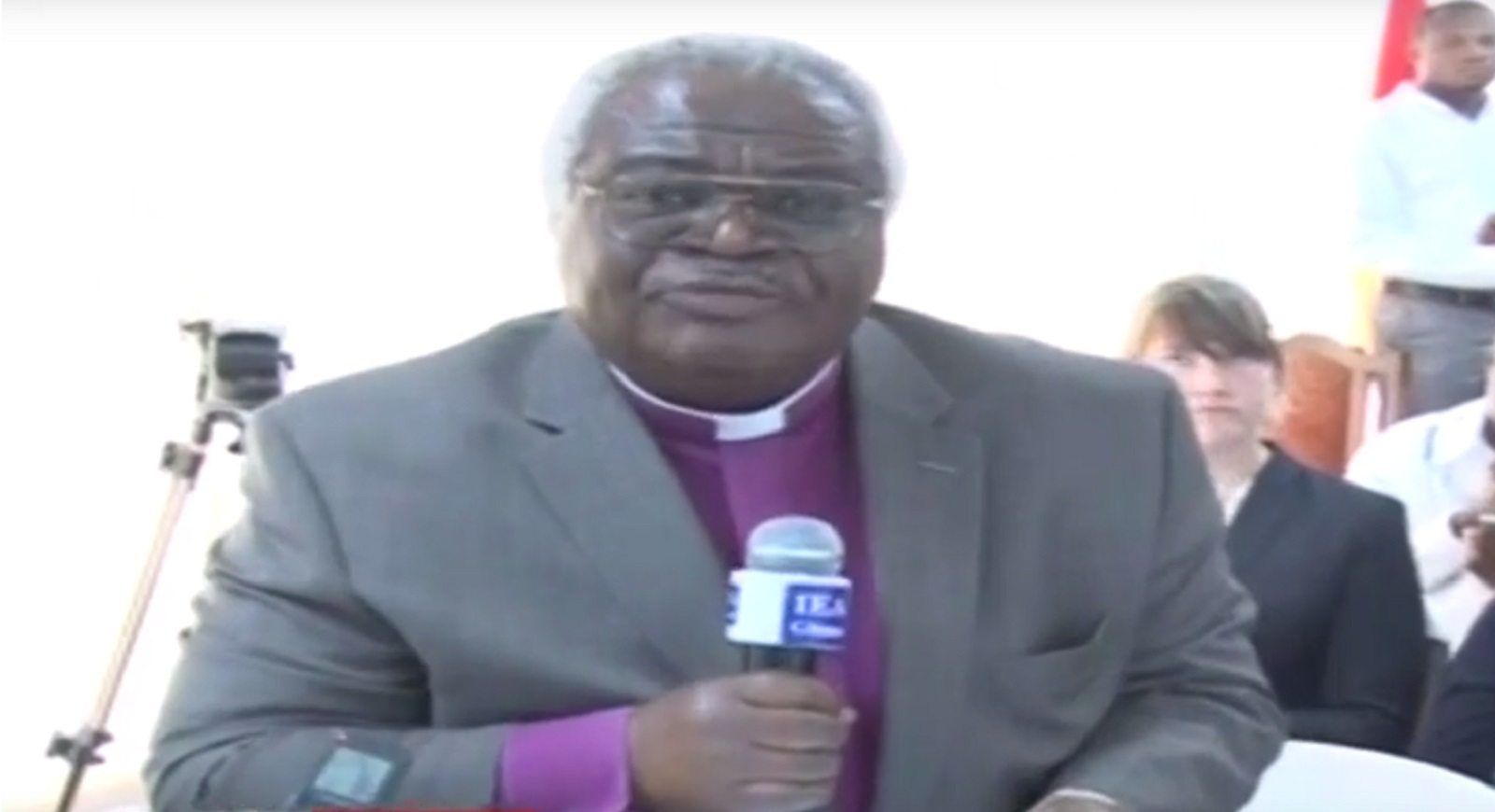 Church leader claims gay people are Satanists