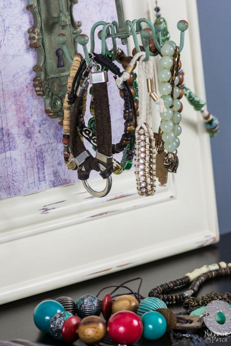 DiY Carousel Jewelry Organizer The Navage