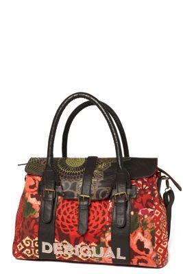 Tas van Desigual voor dames, model Big Avatar Carryover uit de Cool-serie. Voor de veelzijdige vrouw die deze tas zowel overdag als 's avonds kan gebruiken.