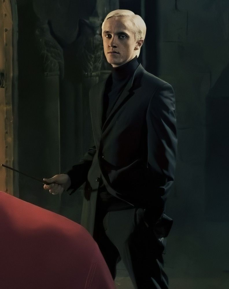Slytherin Prince In 2020 Draco Malfoy Aesthetic Draco Harry Potter Draco Malfoy