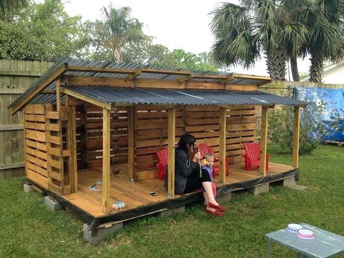 Abri Bois Avec Palette construire un abri en bois maison design construire un abri bois