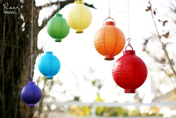 I want to eventually have a rainbow art party for Paisley. And I LOVE paper lanterns!