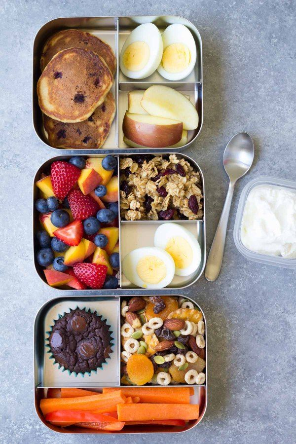 10 Healthy Lunch Ideas for Kids! Bento box lunchbox ideas to pack for school, home, or even for yourself for work! Make packing lunches quick and easy! | www.kristineskitchenblog.com #bentoboxlunch